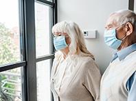 Мировая пандемия коронавируса подорвала психику людей, отмечают эксперты
