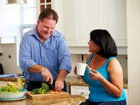 Поддержка супруга поможет быстрее скинуть личный вес, показал эксперимент